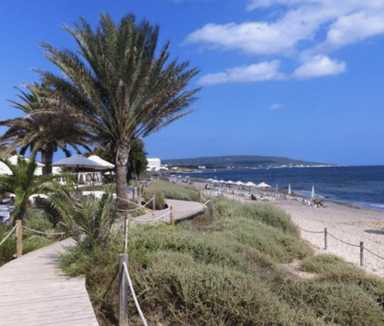Midjorn beach at Formentera